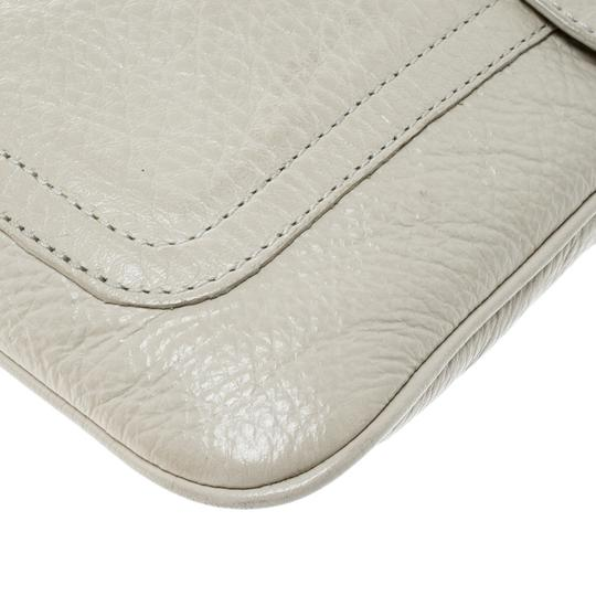 Mulberry Leather Cream Clutch Image 5