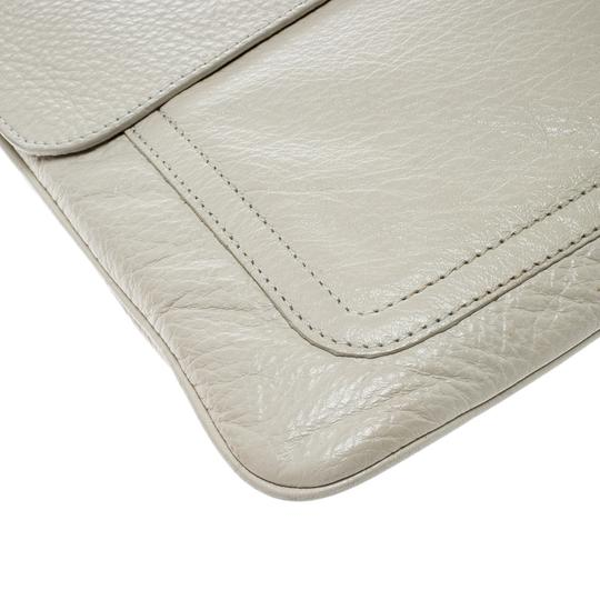 Mulberry Leather Cream Clutch Image 6