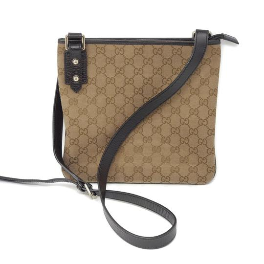 Preload https://img-static.tradesy.com/item/25932365/gucci-canvas-brown-cross-body-bag-0-0-540-540.jpg
