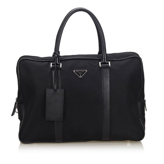 Preload https://img-static.tradesy.com/item/25932372/prada-fabric-business-italy-large-black-nylon-leather-messenger-bag-0-0-540-540.jpg