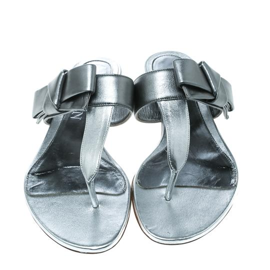 Alexander McQueen Metallic Leather Silver Flats Image 2