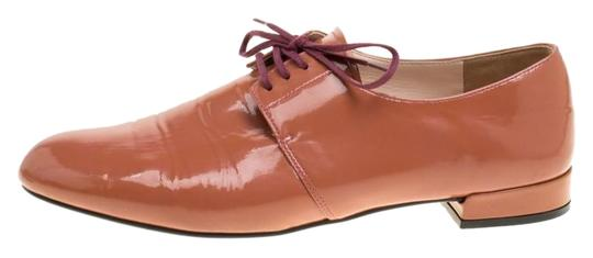 Preload https://img-static.tradesy.com/item/25932600/prada-pink-coral-patent-leather-lace-up-derby-flats-size-eu-38-approx-us-8-regular-m-b-0-1-540-540.jpg