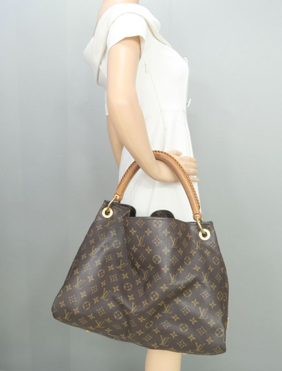Louis Vuitton Lv Monogram Artsy Mm Hobo Bag Image 11
