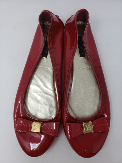 Louis Vuitton Lv Logo Charm Gold Hardware Patent Leather Red Flats Image 1