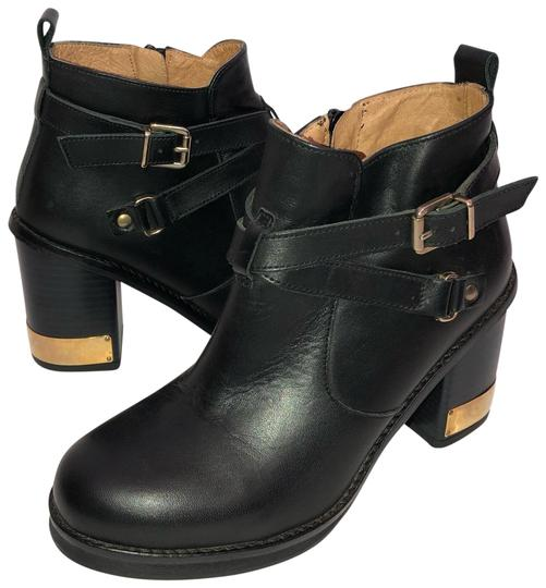 Preload https://img-static.tradesy.com/item/25932645/topshop-black-leather-with-zipper-inside-and-buckles-outside-bootsbooties-size-eu-36-approx-us-6-reg-0-1-540-540.jpg