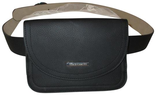 Preload https://img-static.tradesy.com/item/25932860/vince-camuto-black-faux-pebbled-leather-removable-pouch-belt-0-1-540-540.jpg