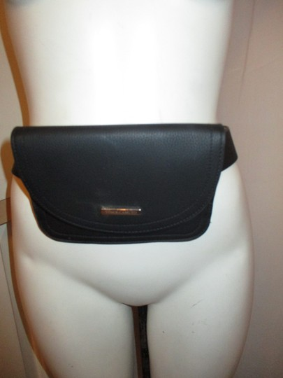 Vince Camuto faux pebbled leather removable pouch Image 2