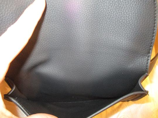 Vince Camuto faux pebbled leather removable pouch Image 4