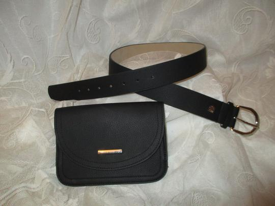 Vince Camuto faux pebbled leather removable pouch Image 9