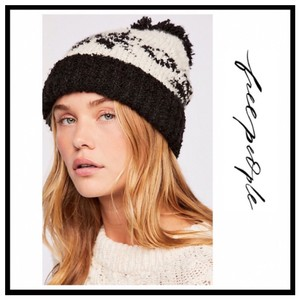 Free People FREE PEOPLE COZY LUXE POM POM RIBBED KNIT NORDIC BEANIE HAT
