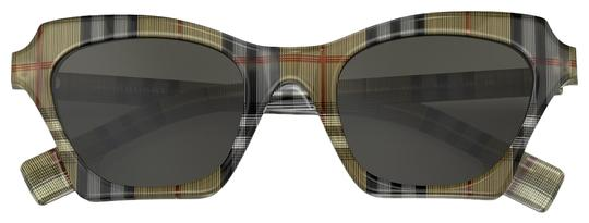 Preload https://img-static.tradesy.com/item/25934025/burberry-multicolor-gre-black-tint-sunglasses-0-1-540-540.jpg