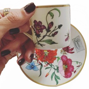 Gucci Vintage GUCCI GG Flora Logo Monogram Tea Cup Saucer Mug Gold Trinket Dish Ring Jewelry Holder Cigarette ashtray Porcelain Tray plate saucer