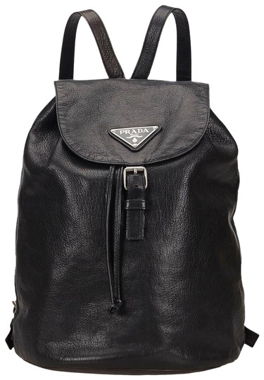 Preload https://img-static.tradesy.com/item/25937506/prada-italy-medium-black-leather-backpack-0-1-540-540.jpg