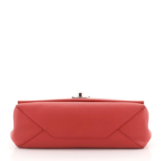 Louis Vuitton Leather Lockme Ii Satchel in RED Image 3