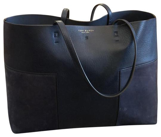 Preload https://img-static.tradesy.com/item/25938974/tory-burch-block-t-t-removable-pouch-navy-leather-and-suede-tote-0-1-540-540.jpg