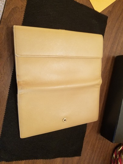 Chanel CHANEL VINTAGE CREME YELLOW LONG WALLET CLUTCH Image 4
