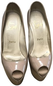 Christian Louboutin Highness Patent nude Pumps