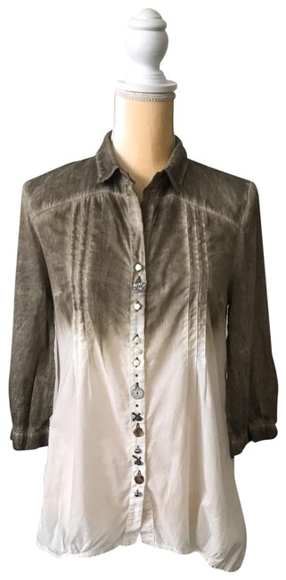 Preload https://img-static.tradesy.com/item/25945604/dark-olive-green-to-cream-two-color-shirt-blouse-size-6-s-0-1-650-650.jpg
