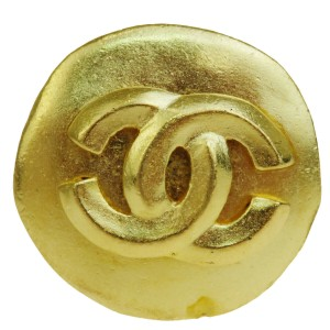 Chanel Auth CHANEL CC One Piece Earrings Gold-tone Clip-On 96P France Accesso