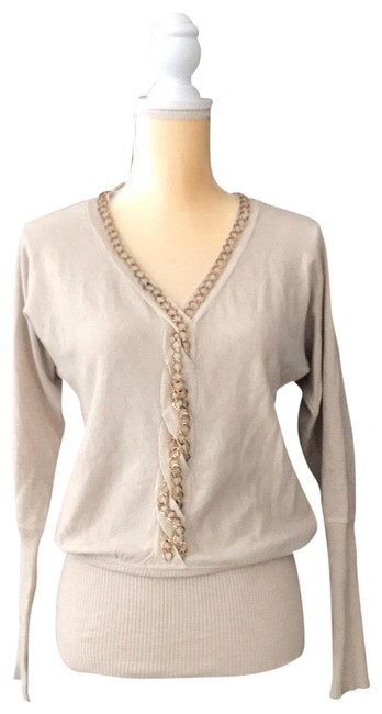 Preload https://img-static.tradesy.com/item/25946057/beige-golden-chains-sweater-blouse-size-8-m-0-1-650-650.jpg