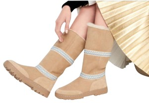 UGG Australia New With Tags New In Box TAN Boots