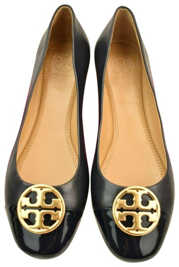 Preload https://img-static.tradesy.com/item/25946369/tory-burch-blue-chelsea-navy-leather-gold-reva-patent-toe-ballet-flats-size-us-85-regular-m-b-0-2-540-540.jpg