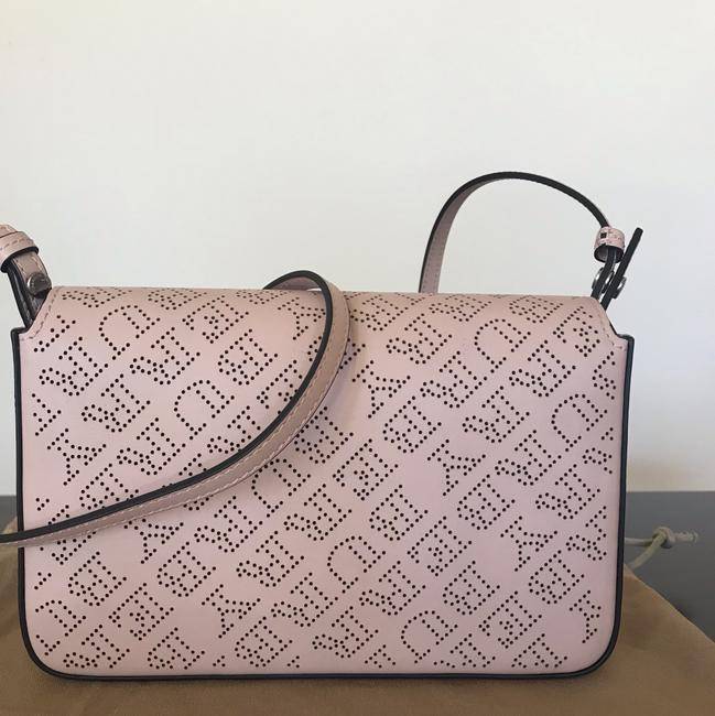 Burberry Pale Fawn Pink Leather Shoulder Bag Burberry Pale Fawn Pink Leather Shoulder Bag Image 3