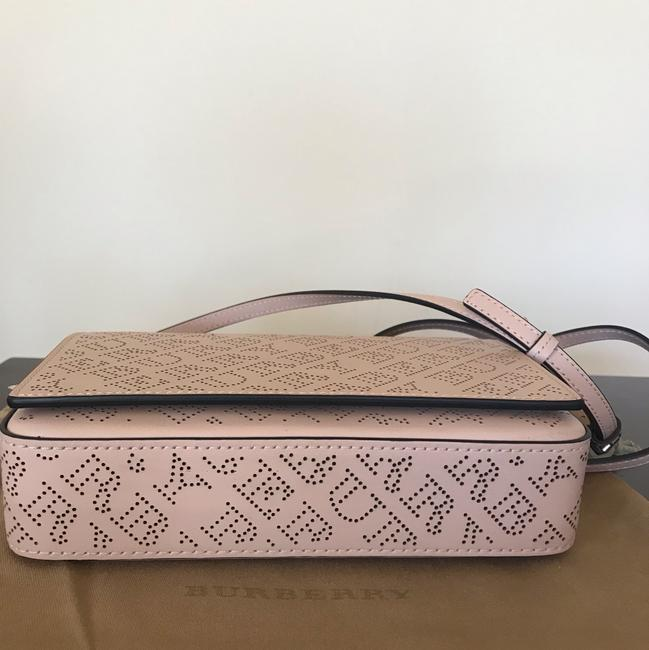 Burberry Pale Fawn Pink Leather Shoulder Bag Burberry Pale Fawn Pink Leather Shoulder Bag Image 4