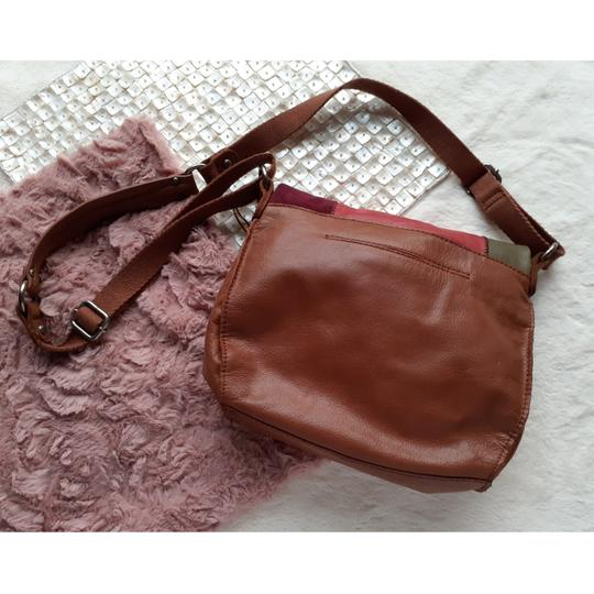 The Sak Cross Body Bag Image 2