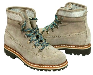 Tabitha Simmons Sold Out Everwhere Priced To Sell Gray Boots