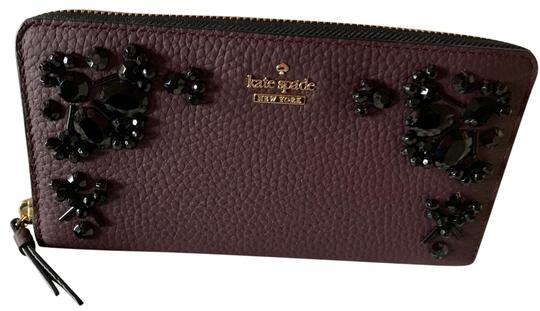 Preload https://img-static.tradesy.com/item/25946697/kate-spade-violet-black-neda-deepplum-wallet-0-1-540-540.jpg