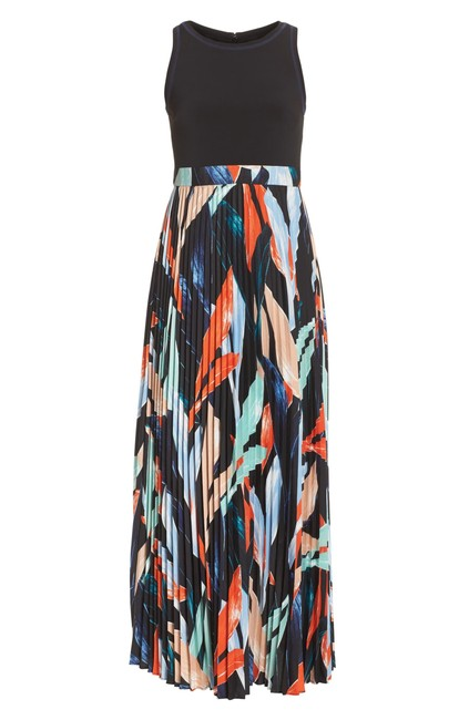 Vince Camuto Sleeveless Pleated Floral Jewel Neck Stretchy Dress Image 5