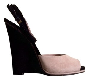 Gucci Black and Light Pink Wedges
