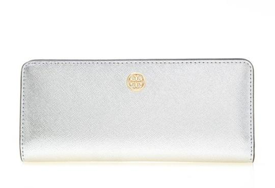 Preload https://img-static.tradesy.com/item/25947448/tory-burch-silver-robinson-new-saffiano-leather-metallic-slim-bifold-wallet-0-0-540-540.jpg