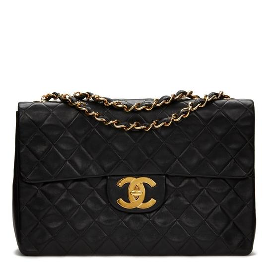 Preload https://img-static.tradesy.com/item/25947592/chanel-classic-flap-quilted-jumbo-maxi-black-lambskin-leather-shoulder-bag-0-0-540-540.jpg