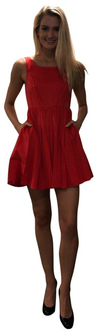Item - Red Classic Mid-length Short Casual Dress Size 0 (XS)