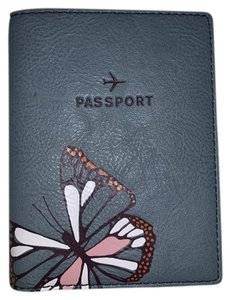 Fossil Fossil Sofia Butterfly Passport Case