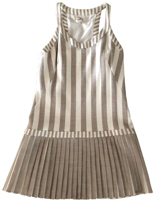 Item - Striped Pleated Skirt with Scoop Neck Racerback Short Casual Dress Size 8 (M)