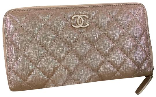 Chanel 2019 rose gold wallet Image 0