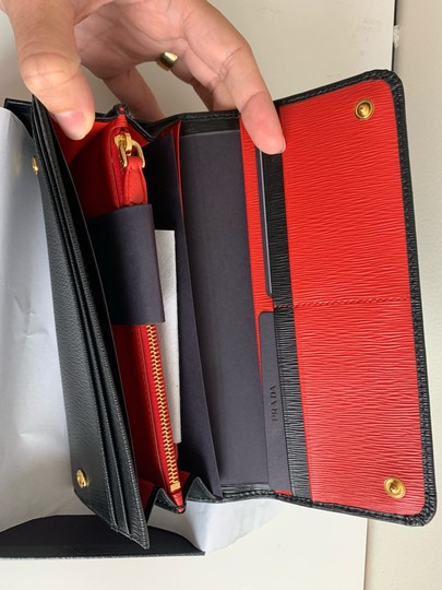 Prada Prada Black/ Red Pattina Leather Long Wallet W ID Holder Image 3