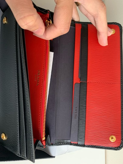Prada Prada Black/ Red Pattina Leather Long Wallet W ID Holder Image 4