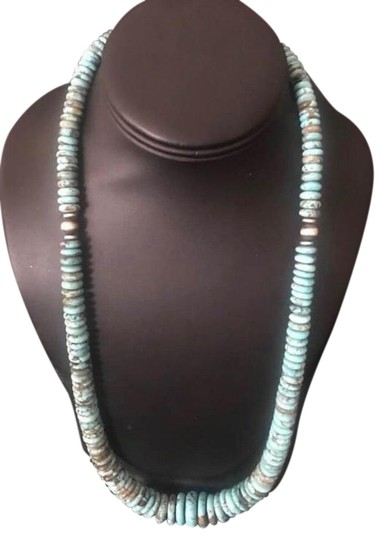 Preload https://img-static.tradesy.com/item/25951236/turquoise-sterling-silver-necklace-0-2-540-540.jpg