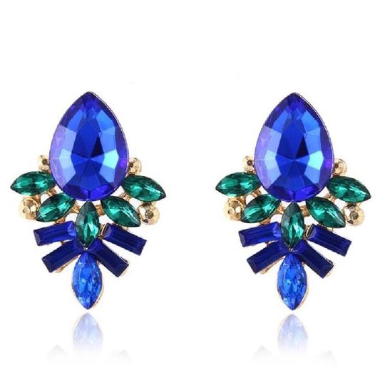 Preload https://img-static.tradesy.com/item/25951262/kate-spade-blue-and-green-and-gold-crystal-cluster-stud-earrings-0-0-540-540.jpg