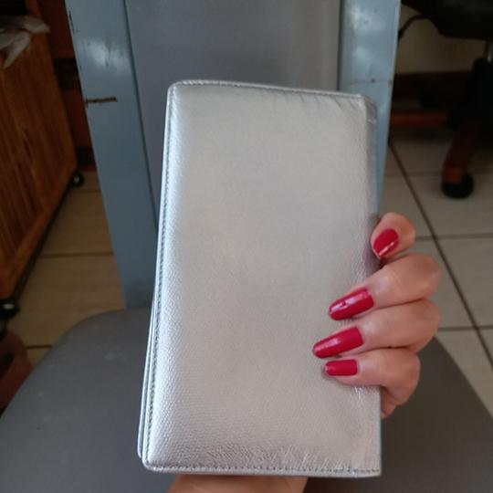 Chanel Glossy Silver Clutch Image 3