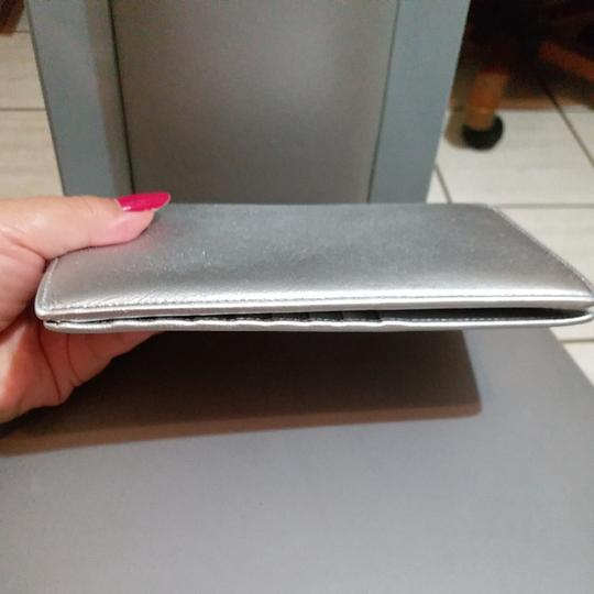 Chanel Glossy Silver Clutch Image 6