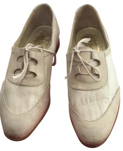 Charles Jourdan light brown/tan Flats