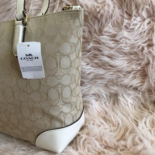 Coach Tote in Chalk Khaki White Image 4