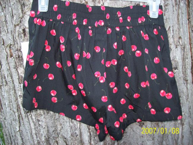 Unknown Cherries New With Tags Pin Up Model Goth Sexy Mini/Short Shorts Black & Red Image 3