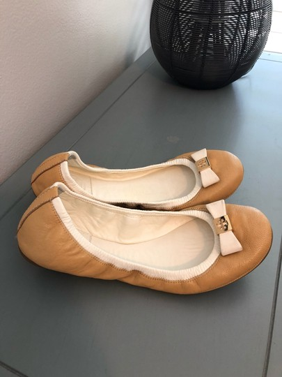 Tory Burch Two-toned Flats Image 3