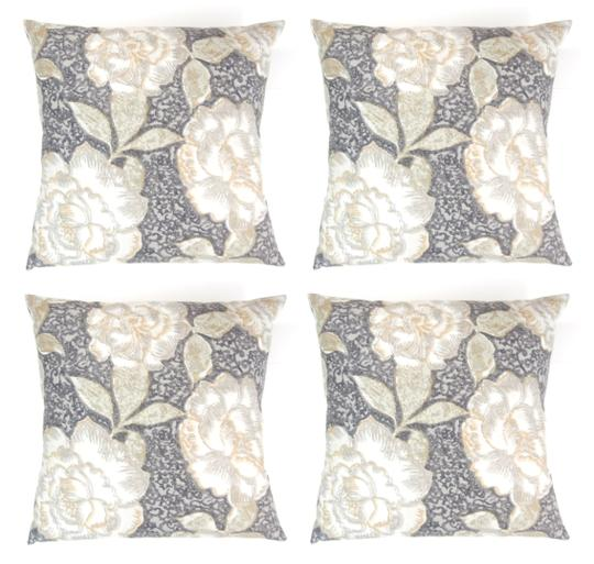 Preload https://img-static.tradesy.com/item/25952059/4-pack-vintage-floral-print-18x18-throw-pillow-covers-decoration-0-0-540-540.jpg